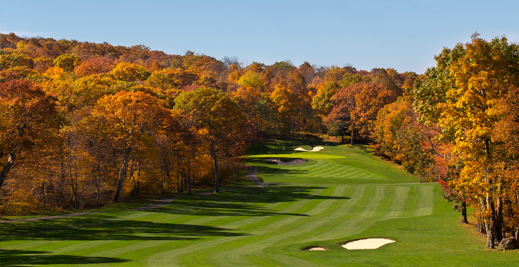 Devils Knob Golf Course in fall at Wintergreen Resort