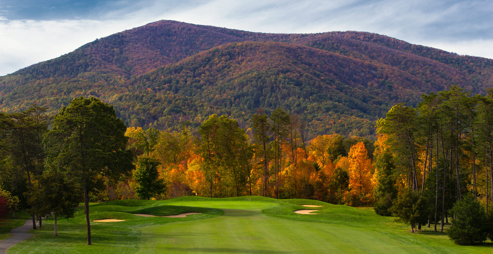 fall golf in the blue ridge mountains at wintergreen resort